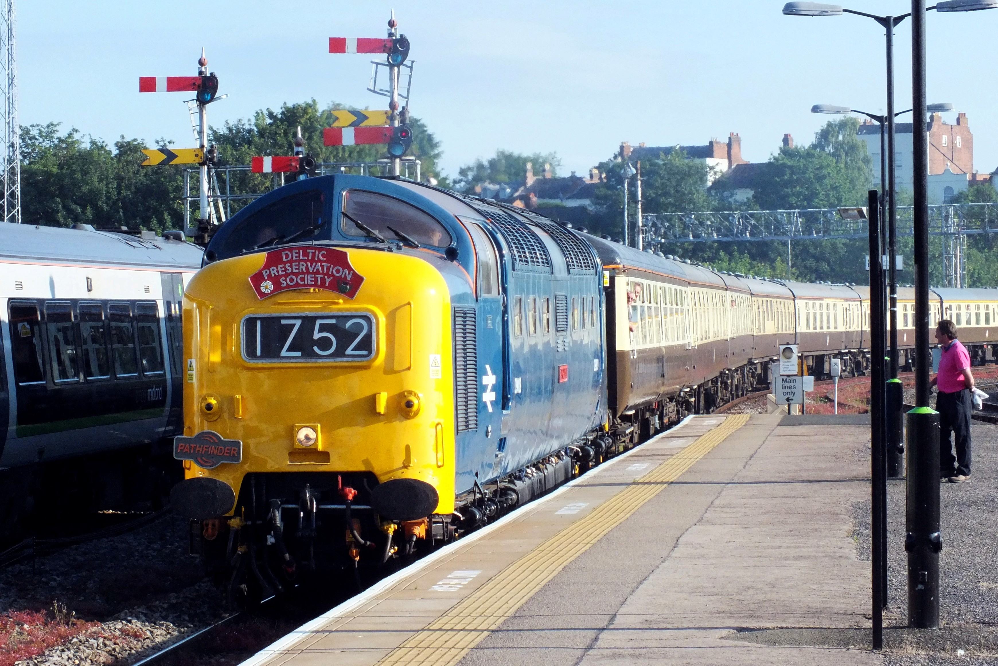 17 June 2017 Shrub Hill 104.jpg