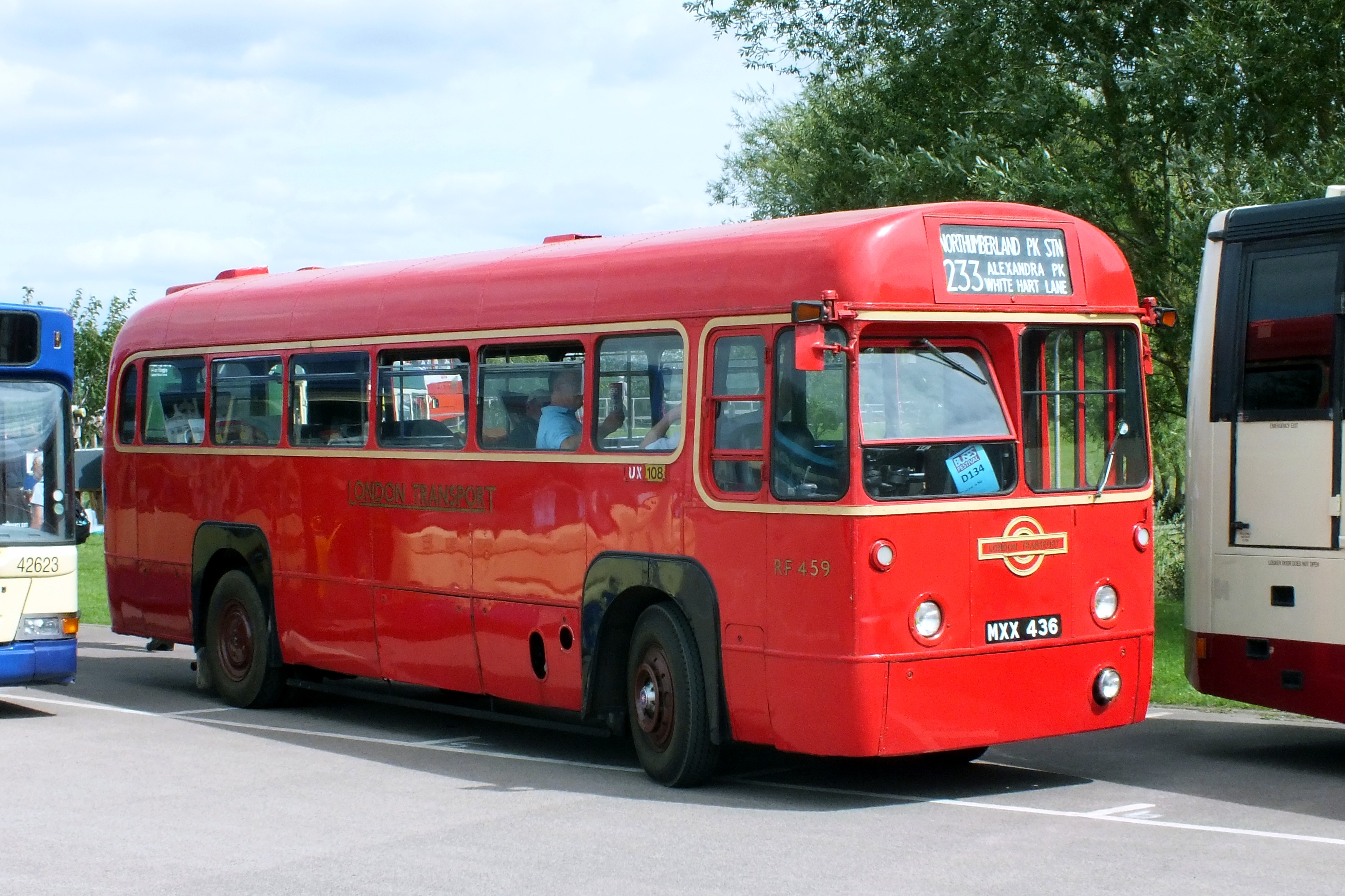 20 August 2017 Gaydon Museum Bus Rally 080.jpg