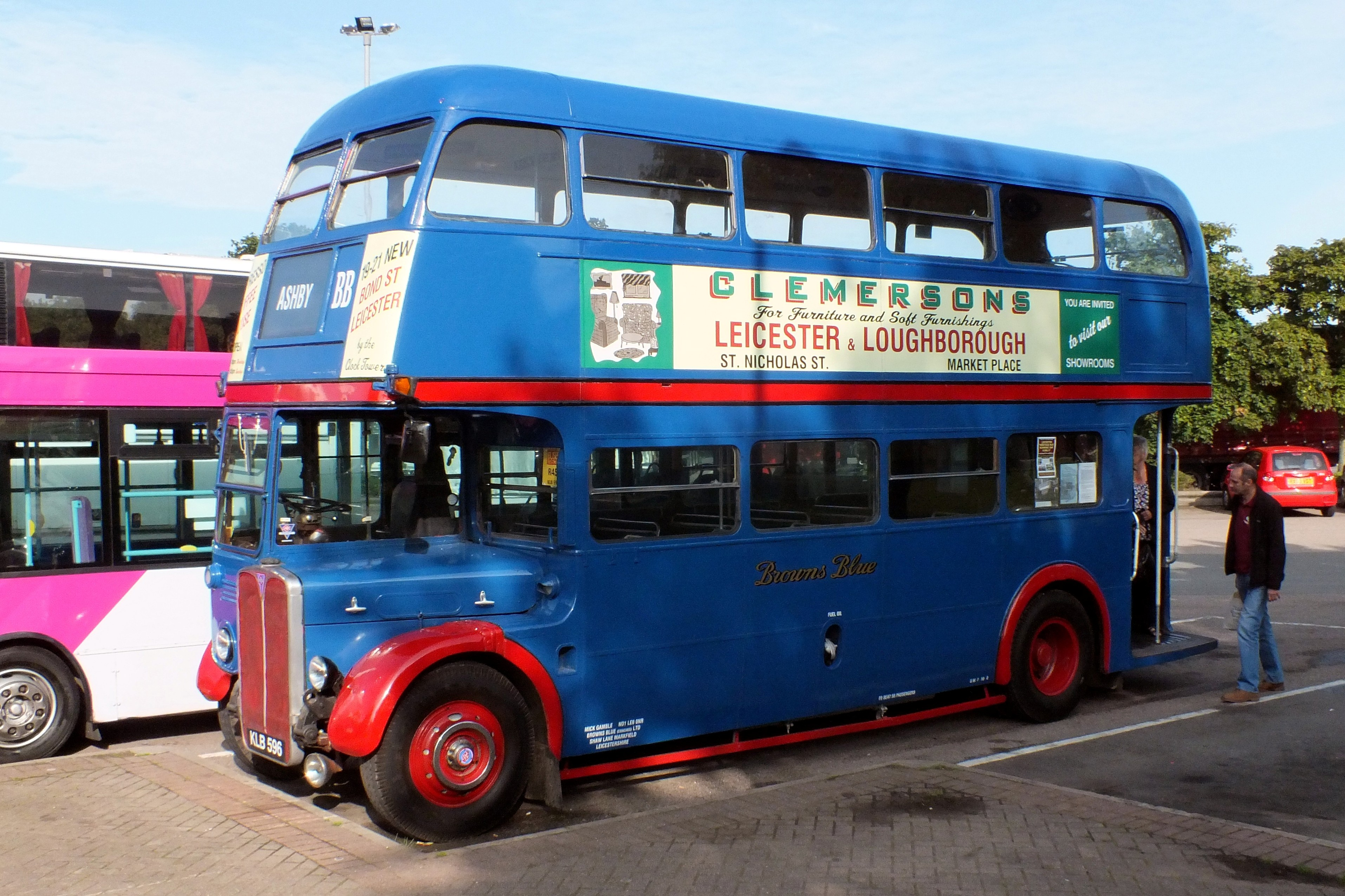 20 August 2017 Gaydon Museum Bus Rally 008.jpg