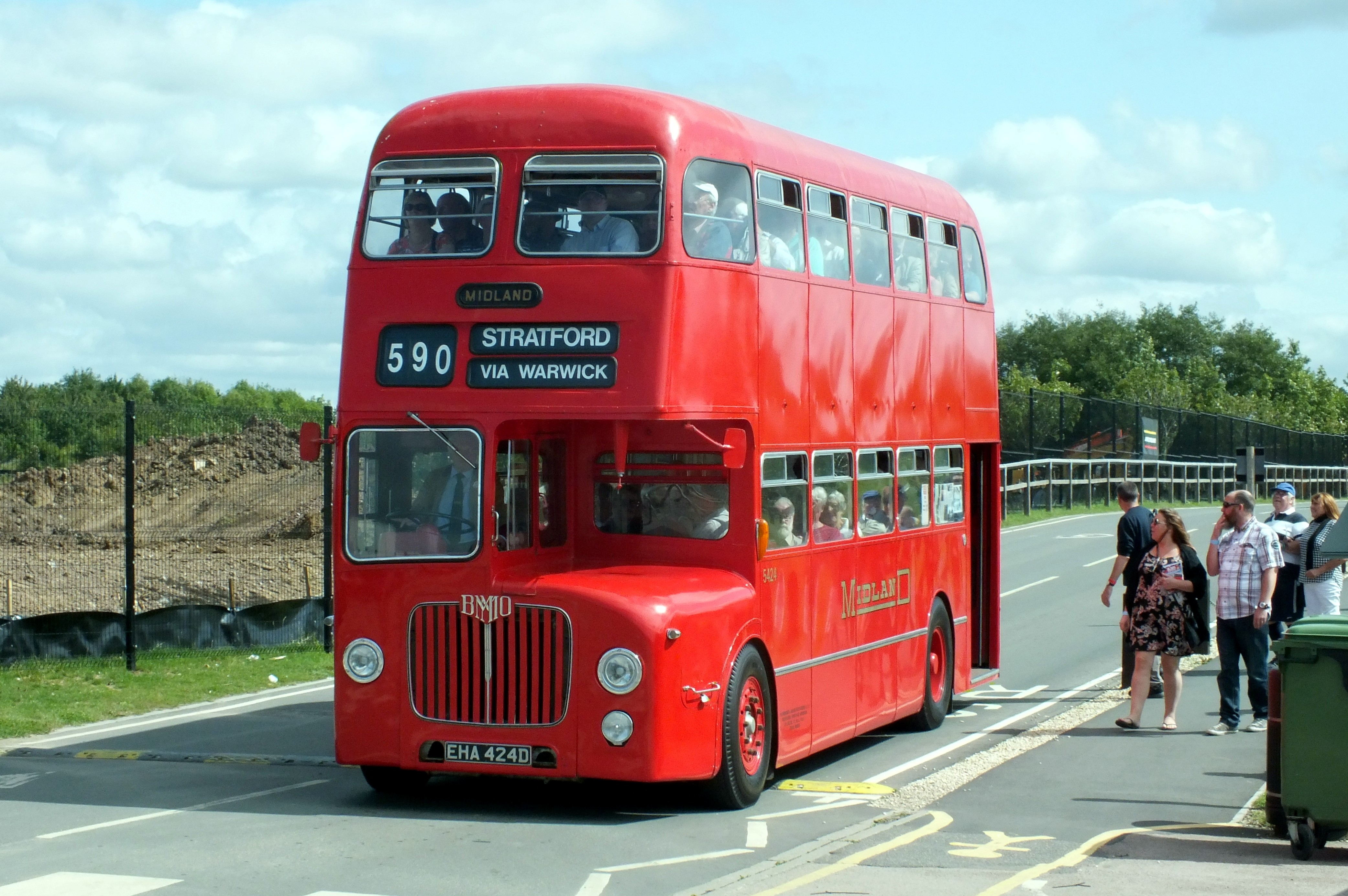 20 August 2017 Gaydon Museum Bus Rally 046.jpg