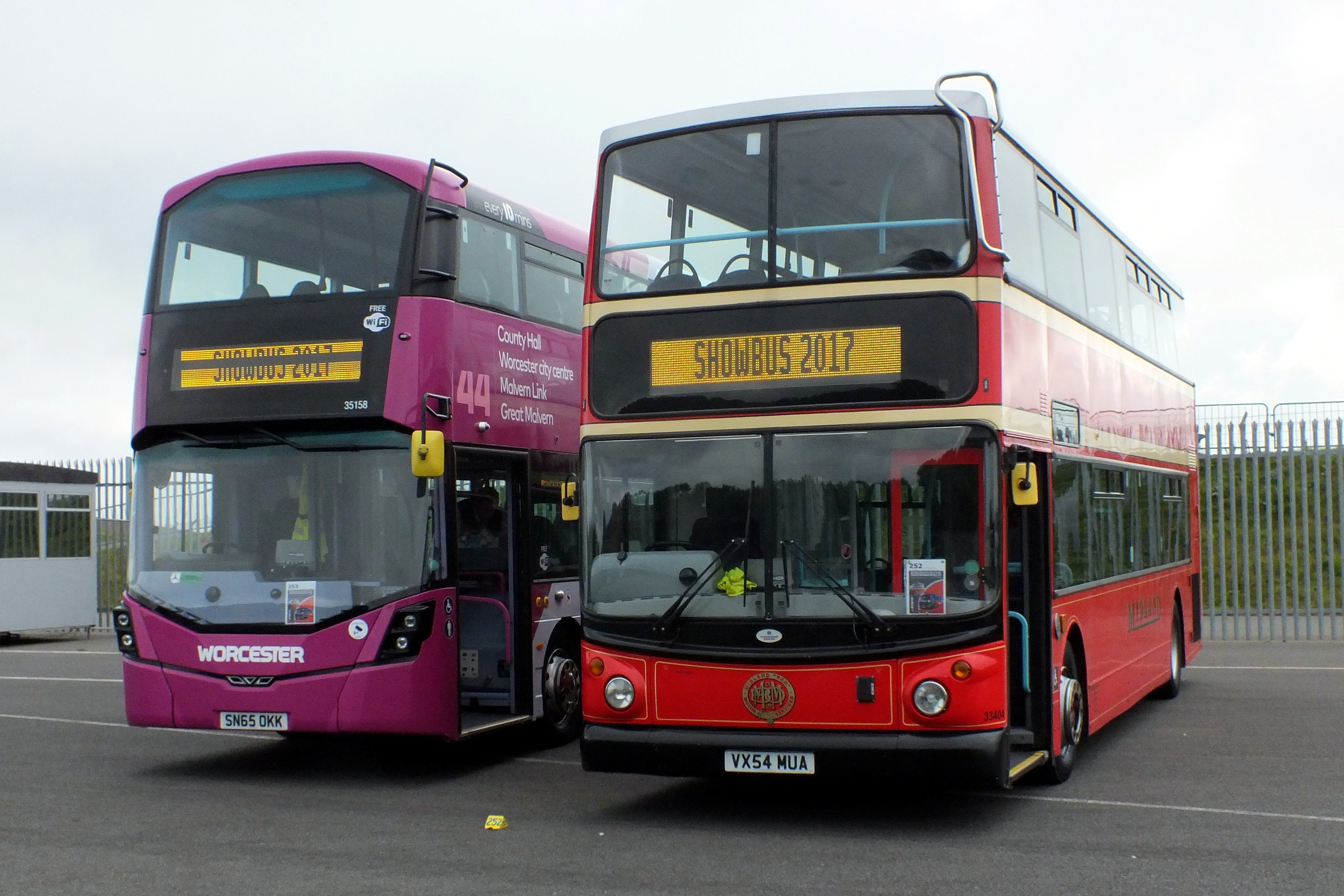 17 September 2017 Showbus, Donington. 307.jpg