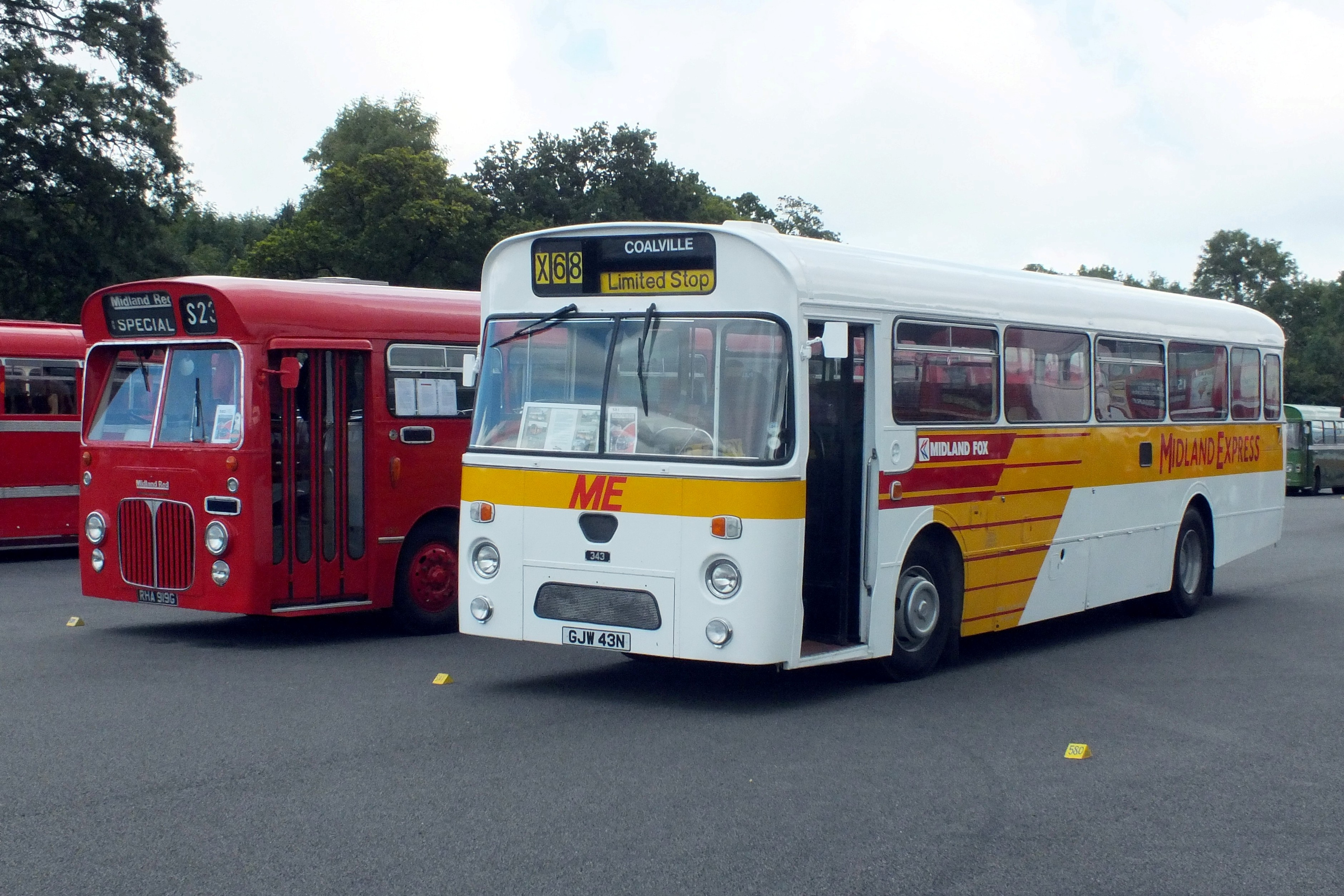 17 September 2017 Showbus, Donington. 425.jpg