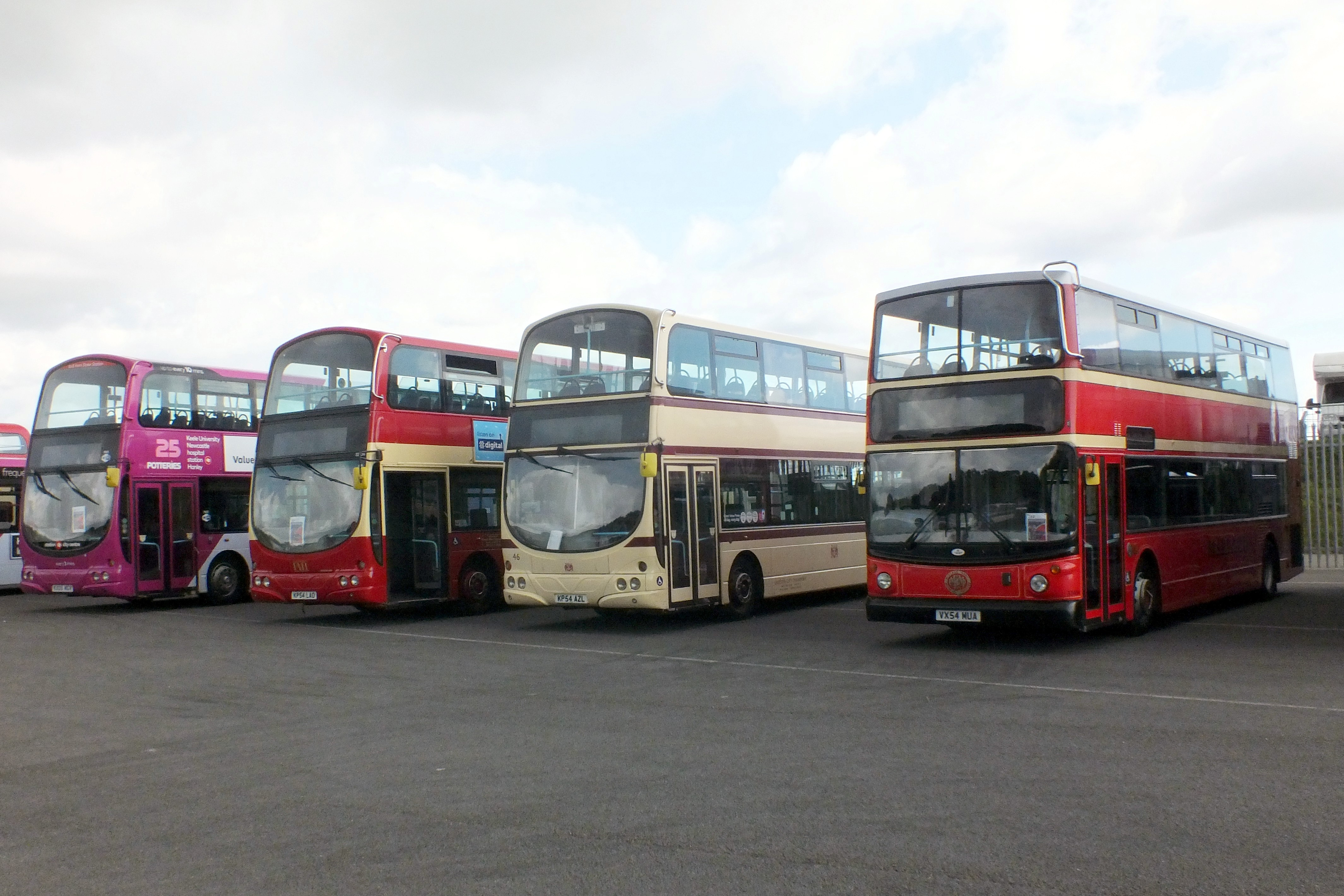 17 September 2017 Showbus, Donington. 476.jpg