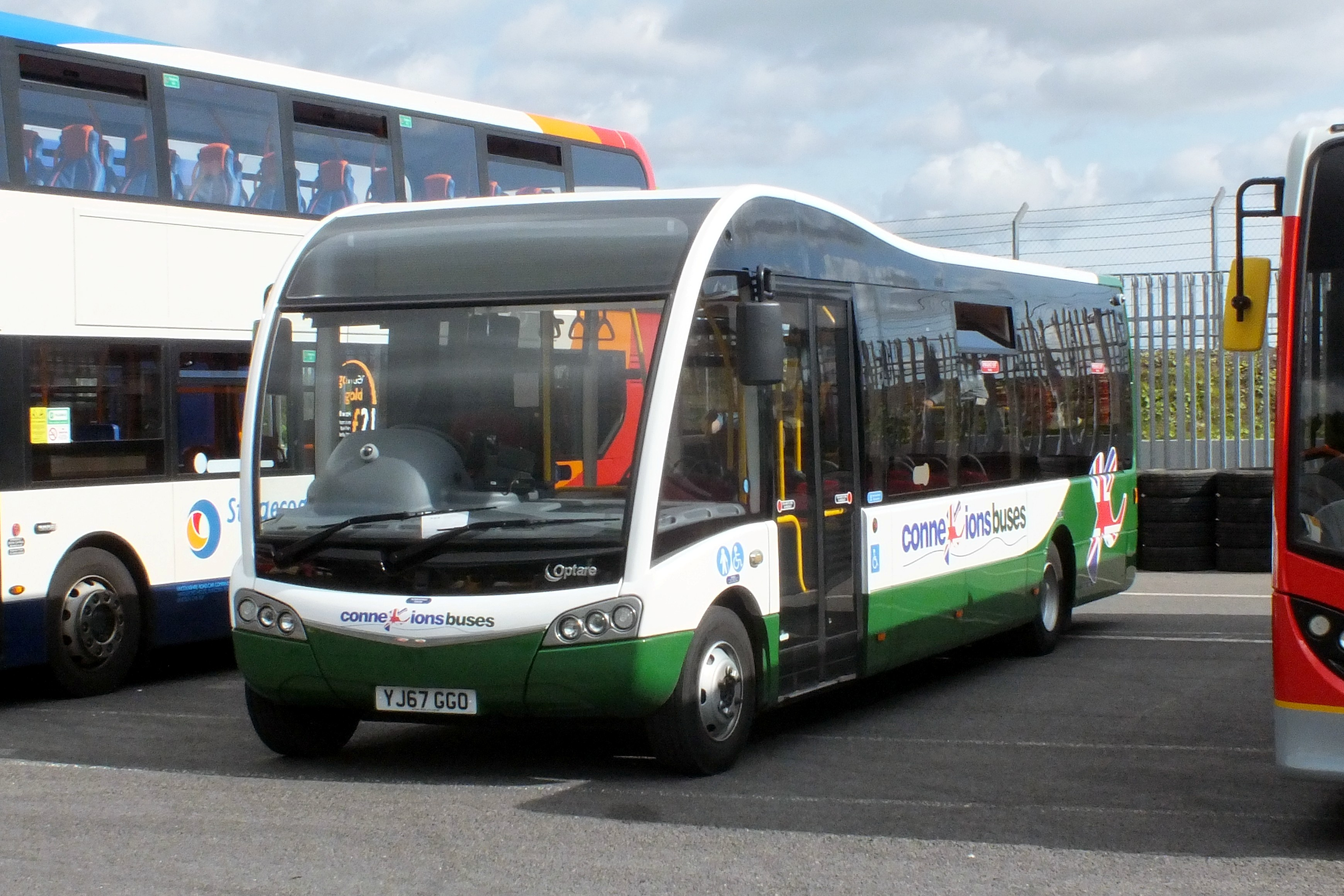 17 September 2017 Showbus, Donington. 473.jpg