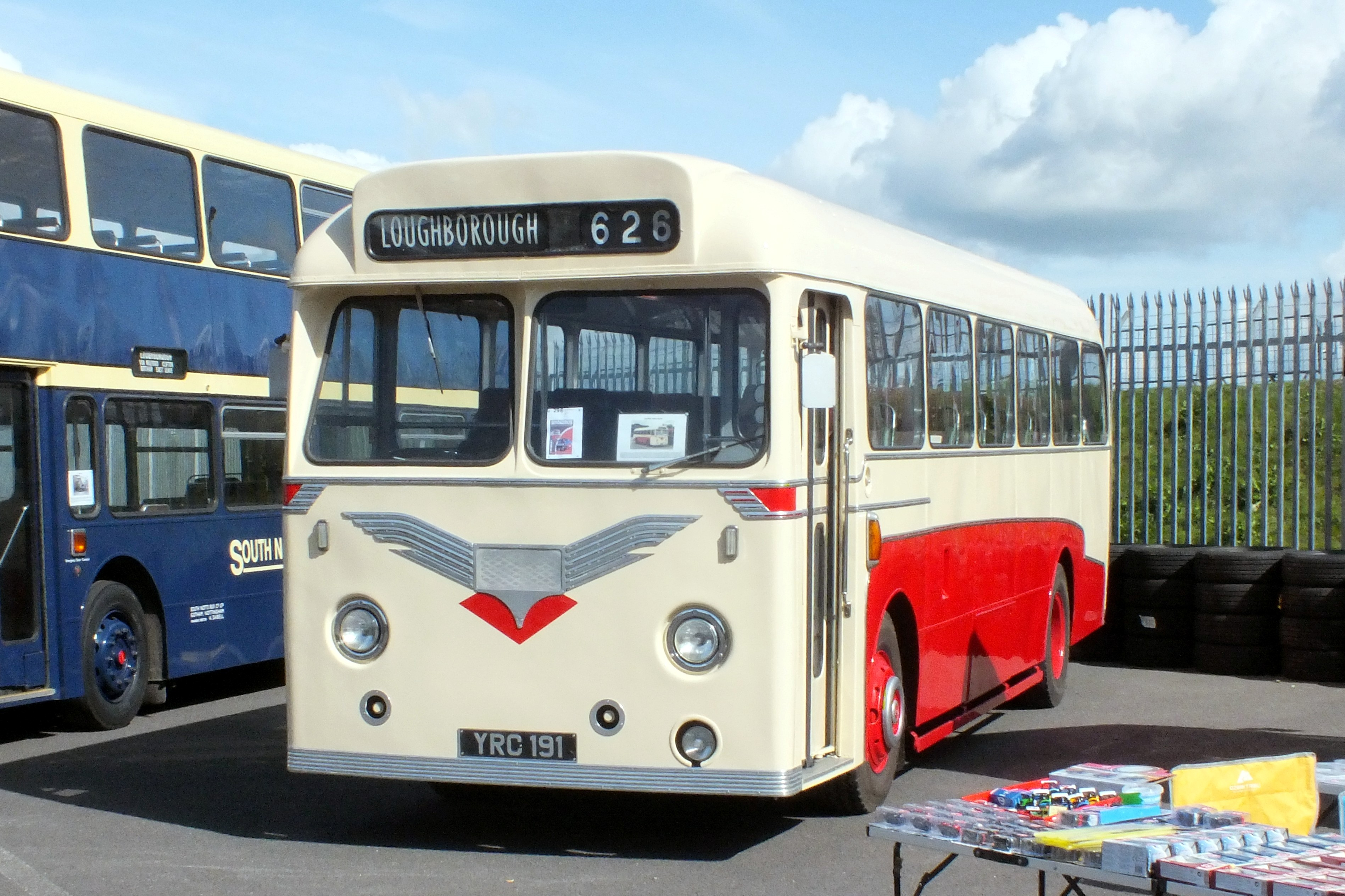 17 September 2017 Showbus, Donington. 457.jpg